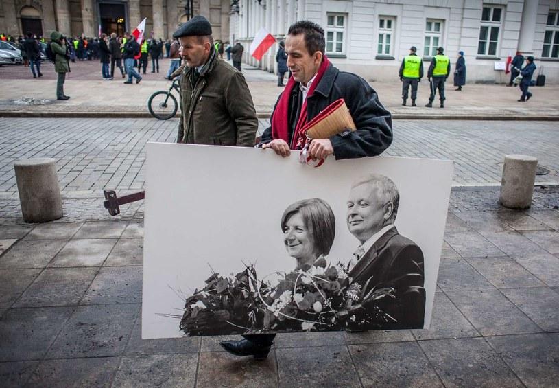 Przygotowania do rocznicy katastrofy smoleńskiej /AFP
