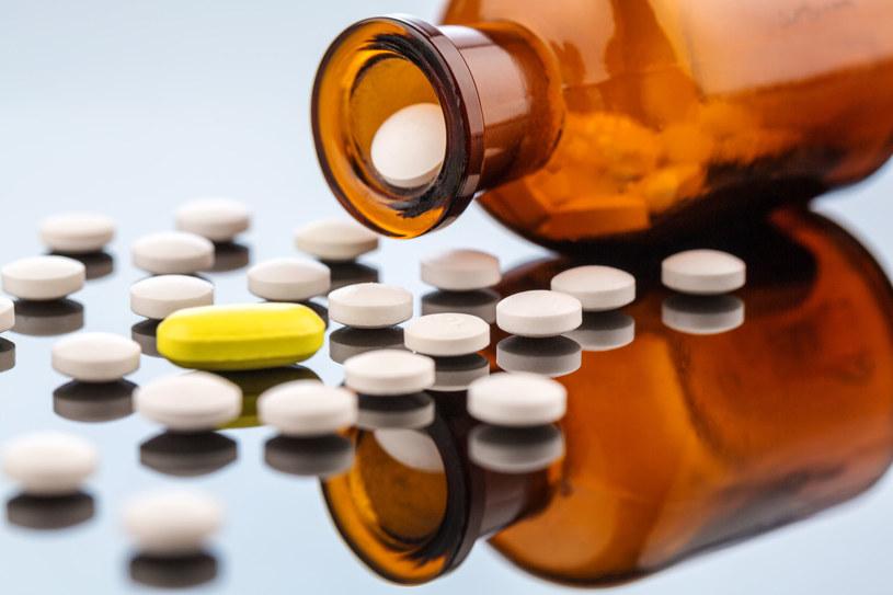 Przyjmowane w ciąży środki przeciwbólowe mogą prowadzić do poważnych schorzeń u dziecka /©123RF/PICSEL