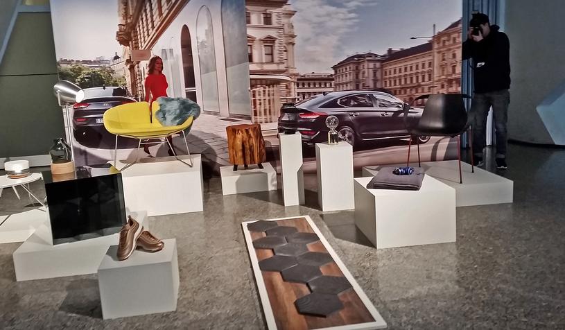 """Przykładowe """"inspiracje"""", jakie miały pomagać w projektowaniu Hyundaia i30 Fastback /INTERIA.PL"""