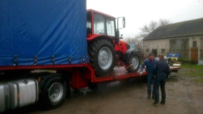 Przypadek komorniczego zajęcia ciągnika dotyczy rolnika z miejscowości Kulany pod Mławą /Ewelina Jabłońska /Agencja SE/East News