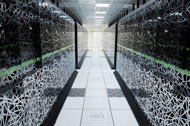 Przyszłość super-komputerów to tranzystory stworzone z jednego atomu /AFP