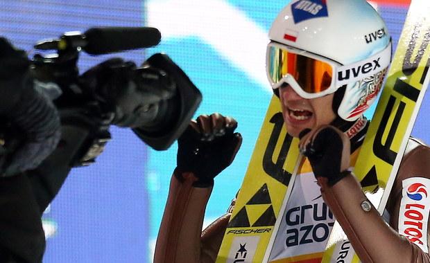 PŚ w skokach narciarskich: Kamil Stoch wygrywa konkurs indywidualny