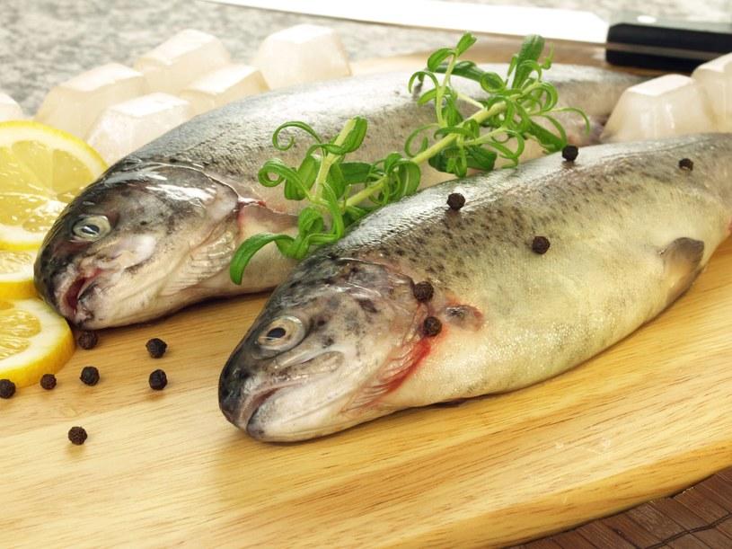 Pstrąg jest najpopularniejszą rybą zjadaną na wakacjach w górach /©123RF/PICSEL