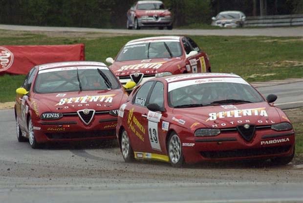 Puchar Alfy Romeo 156 wzbudza wiele emocji (kliknij) /INTERIA.PL