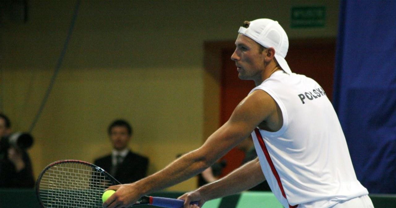 Puchar Davisa: Kubot przegrał z Nieminenem i skurczami