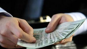 """""""Puls Biznesu"""": Rząd chce płacić prezesom tak jak biznes"""
