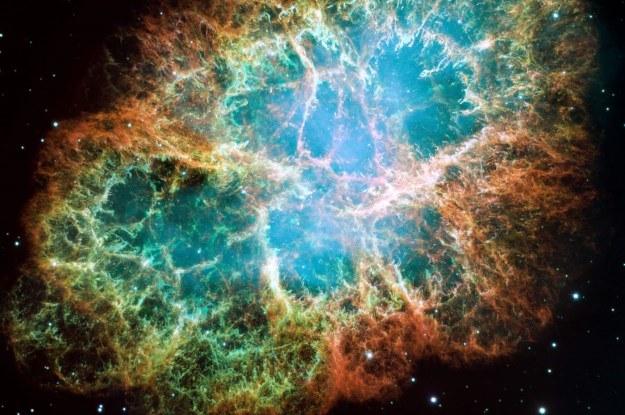 Pył w Mgławicy Kraba emituje promieniowanie podczerwone i zawiera jony wodorku argonu /materiały prasowe