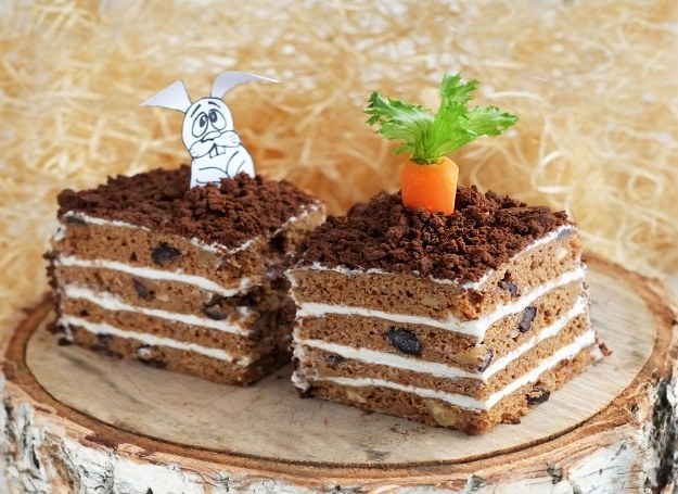Pyszne ciasto marchewkowe! /©123RF/PICSEL