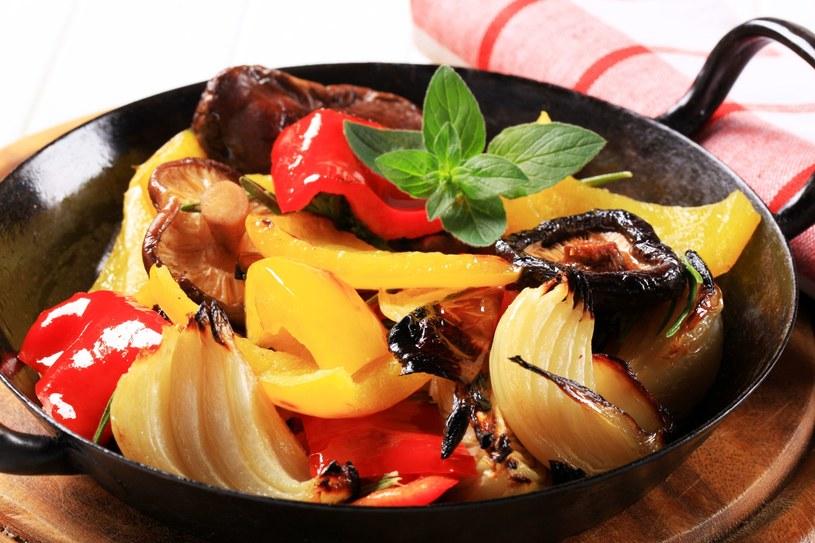 Pyszny obiad - dla wegetarian i nie tylko /©123RF/PICSEL