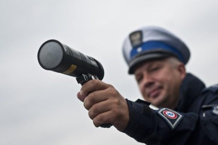 Radary Iskra nie powinny być używane, a to najpopularniejszy typ miernika /Tymon Markowski /East News