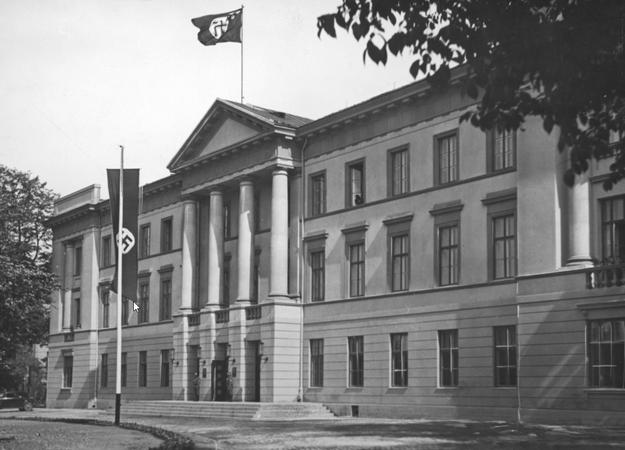 Radom w czasie niemieckiej okupacji. Siedziba gubernatora dystryktu /Z archiwum Narodowego Archiwum Cyfrowego