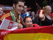 Radość hiszpańskich fanów w warszawskiej Strefie Kibica