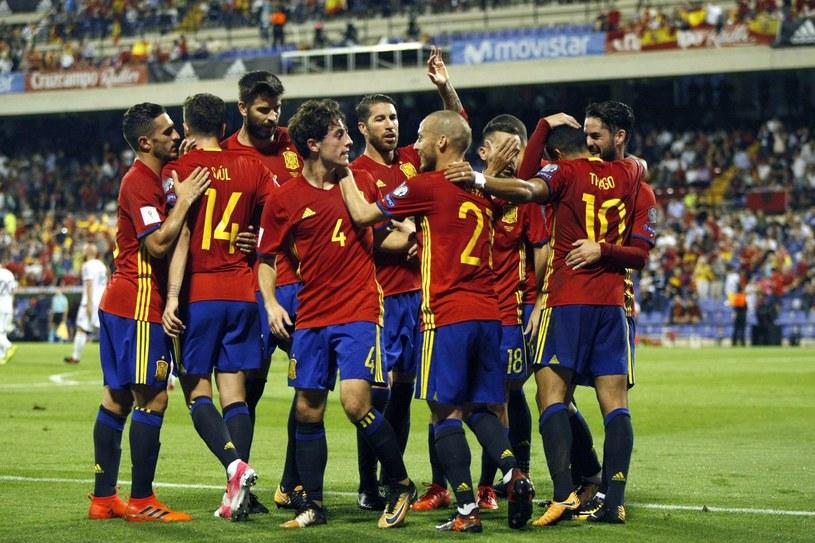 Radość piłkarzy Hiszpanii /PAP/EPA