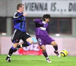Radosław Gilewicz (z prawej) zdobył gola dla Austrii Wiedeń /AFP