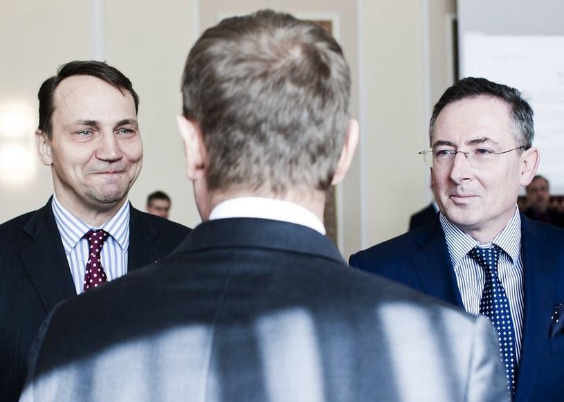 Radosław Sikorski, Donald Tusk i Bartłomiej Sienkiewicz /Adam Guz /Reporter