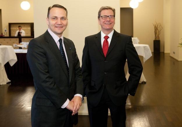 Radosław Sikorski i Guido Westerwelle w Berlinie /PAP/EPA