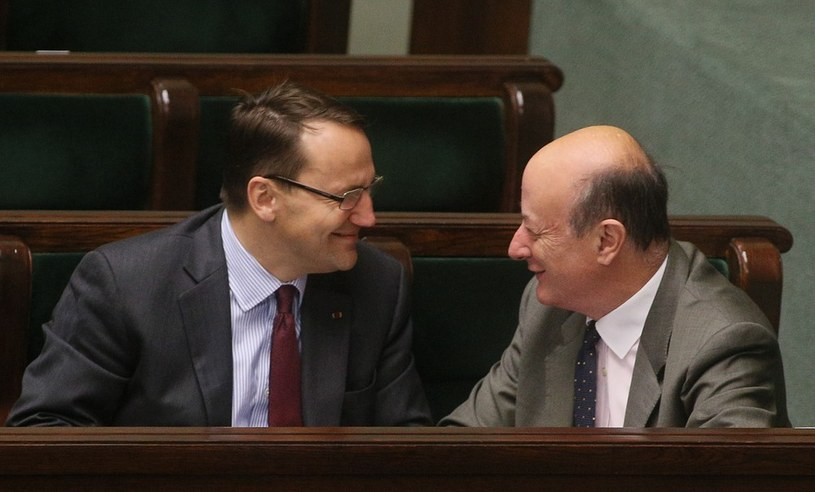 Radosław Sikorski i Jacek Rostowski /Mariusz Grzelak /Reporter