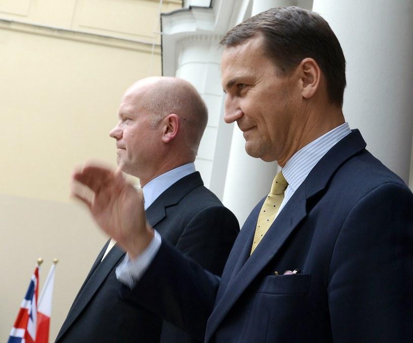 Radosław Sikorski i William Hague /PAP/EPA