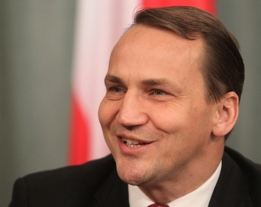 Radosław Sikorski podczas wizyty w Moskwie /SERGEI CHIRIKOV /PAP/EPA