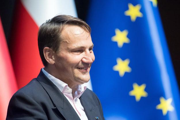"""Radosław Sikorski """"widziałby w szrankach prezydenckich"""" Monikę Olejnik /Wojciech Stróżyk /Reporter"""