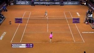 Radwańska wygrała z Petkovic w Stuttgarcie. Wideo
