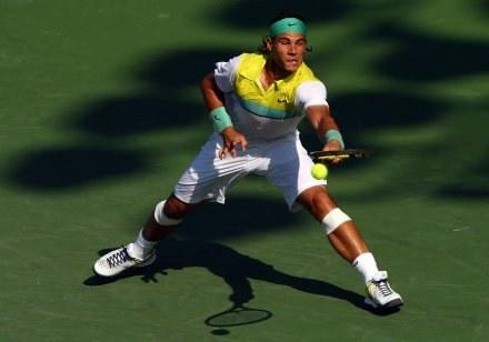 Rafael Nadal w akcji /AFP