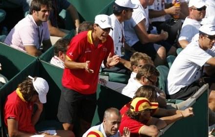 Rafael Nadal w potyczce z Izraelem tylko dopingował swoich kolegów /AFP