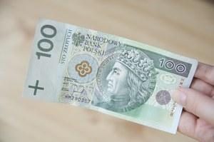 Randstad: Polacy chcą podwyżek i premii