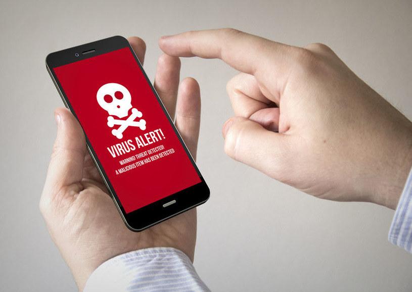 Ransomware to nie tylko zagrożenia szyfrujące dane, ale także takie, które uniemożliwiają odblokowania telefonu /123RF/PICSEL
