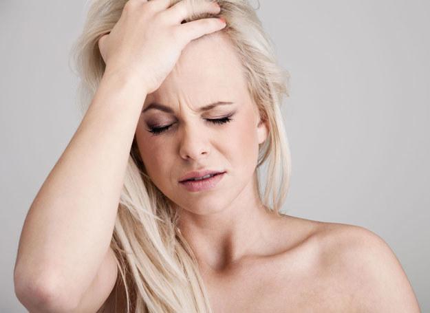 Ratunkiem dla skóry są preparaty poprawiające mikrokrążenie w naskórku /©123RF/PICSEL