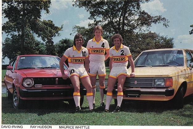 Ray Hudson (w środku) w czasach gry w piłkarskiej lidze w USA