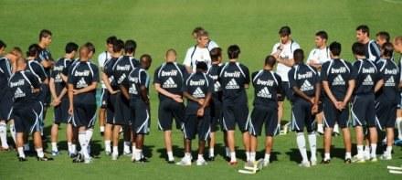 Real ma zbyt wielu piłkarzy. Prezes Florentino Perez kupował bez opamiętania, a zapomniał sprzedawać /AFP