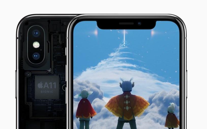Realna wartość iPhone'a X to 40 procent jego ceny /materiały prasowe