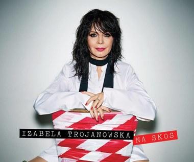 """Recenzja Izabela Trojanowska """"Na skos"""": Zrób sobie lata 80."""