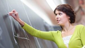 Reforma oświaty: Nauczycielom dorabiać nie wolno