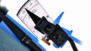 Regulacja kąta ustawienia wycieraczek /Motor