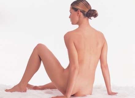 Regularnie stosujesz diety i systematycznie obserwujesz swoje ciało /INTERIA.PL