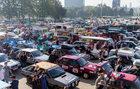 Rekordowy Złombol. 450 starych aut ruszyło do Tunezji