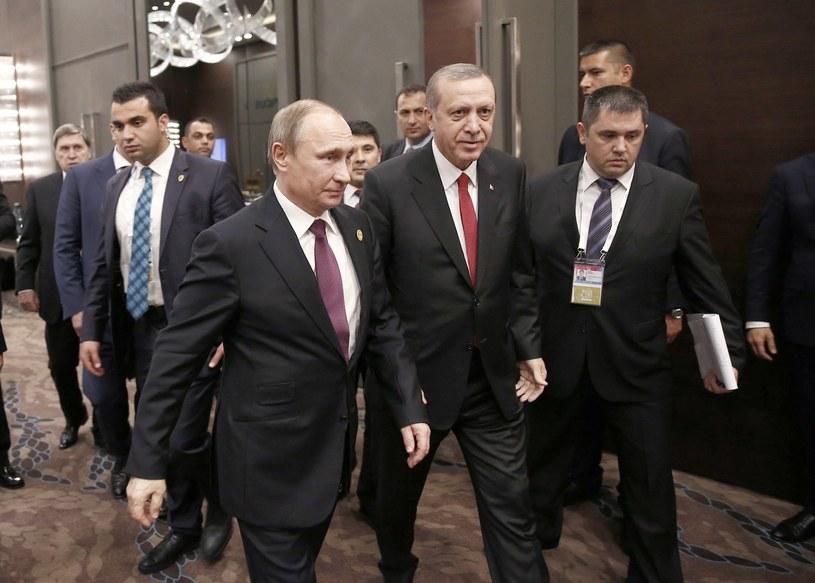 Relacje między Turcją i Rosją są napięte. Na zdjęciu prezydenci Władimir Putin i Recep Tayyip Erdogan /AFP
