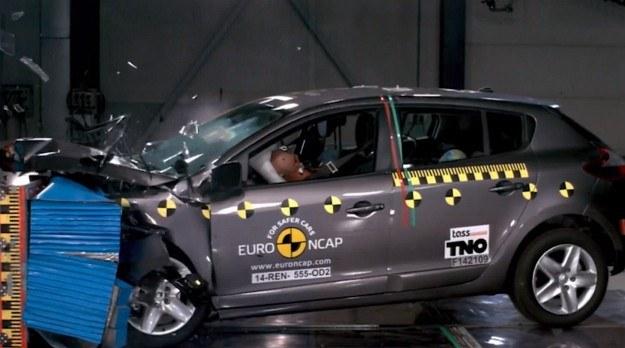 Renault Megane po liftingu w teście zderzeniowym Euro NCAP /Euro NCAP