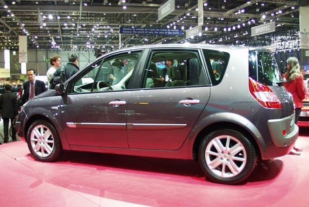 Renault Scenic II (kliknij) /INTERIA.PL