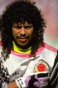 "Rene Higuita. Pseudonim ""wariat"" sporo mówi o kolumbijskim bramkarzu"