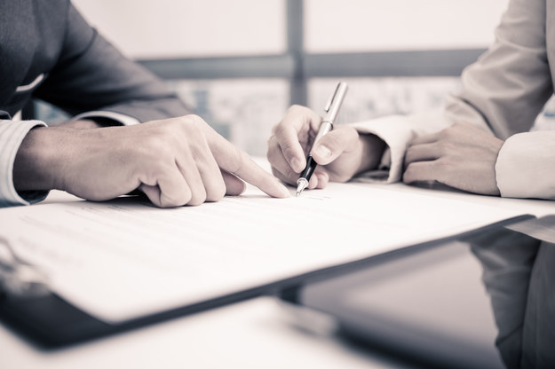 Resort proponuje nowy rodzaj umów o pracę /123RF/PICSEL