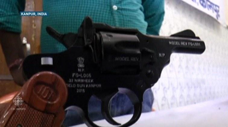 Rewolwer zaprojektowany z myślą o kobietach. Źródło: CBC News /