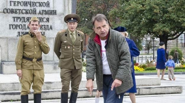 """Reżyser Waldemar Krzystek na planie """"Fotografa"""" - fot. Łukasz Grudniewski /East News"""