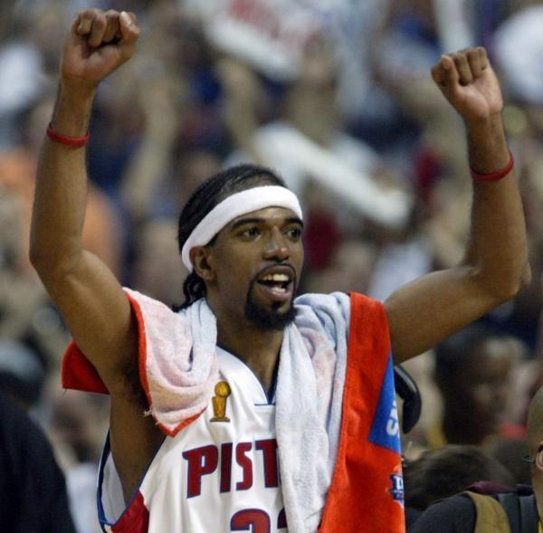 Richard Hamilton ma się z czego cieszyć. Jego Detroit Pistons odnieśli 39 zwycięstwo w sezonie. /AFP