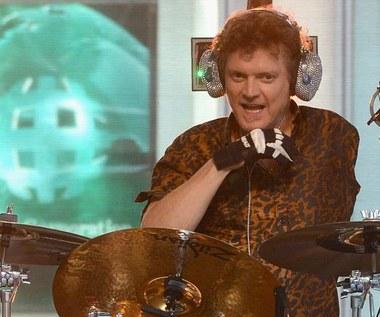Rick Allen z Def Leppard: Miał już nigdy nie zagrać na perkusji