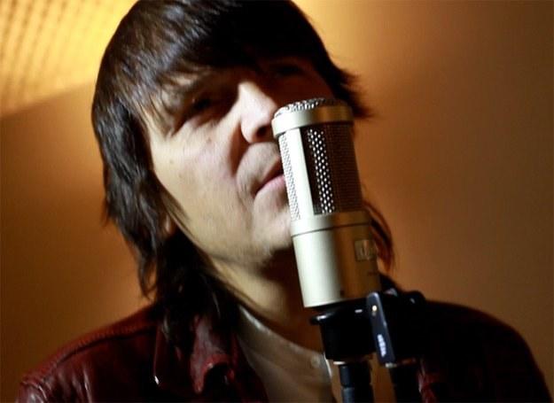 """Robert Gawliński w teledysku """"Anioł Miriam"""" /EMI Music Poland"""
