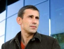 Robert Korzeniowski nie przestaje popularyzować zdrowego trybu życia /AFP
