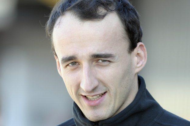 "Robert Kubica chodzi z ""balkonikiem"" /AFP"